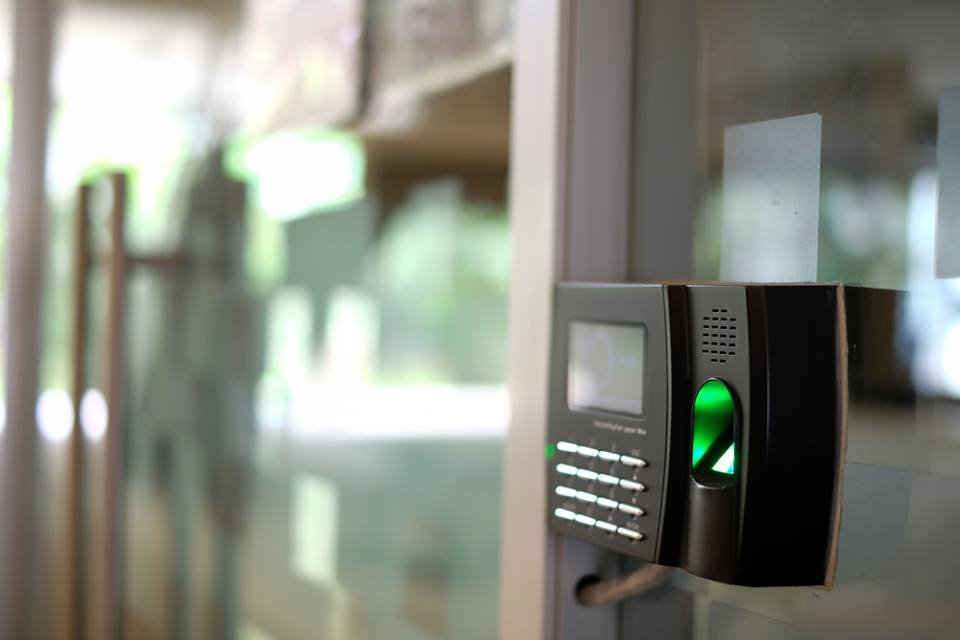 The Business Guide to Biometric Systems for Security & Access Control